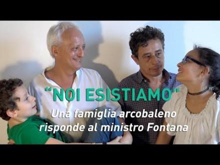 "Una famiglia arcobaleno risponde al ministro Fontana: ""Noi esistiamo"""